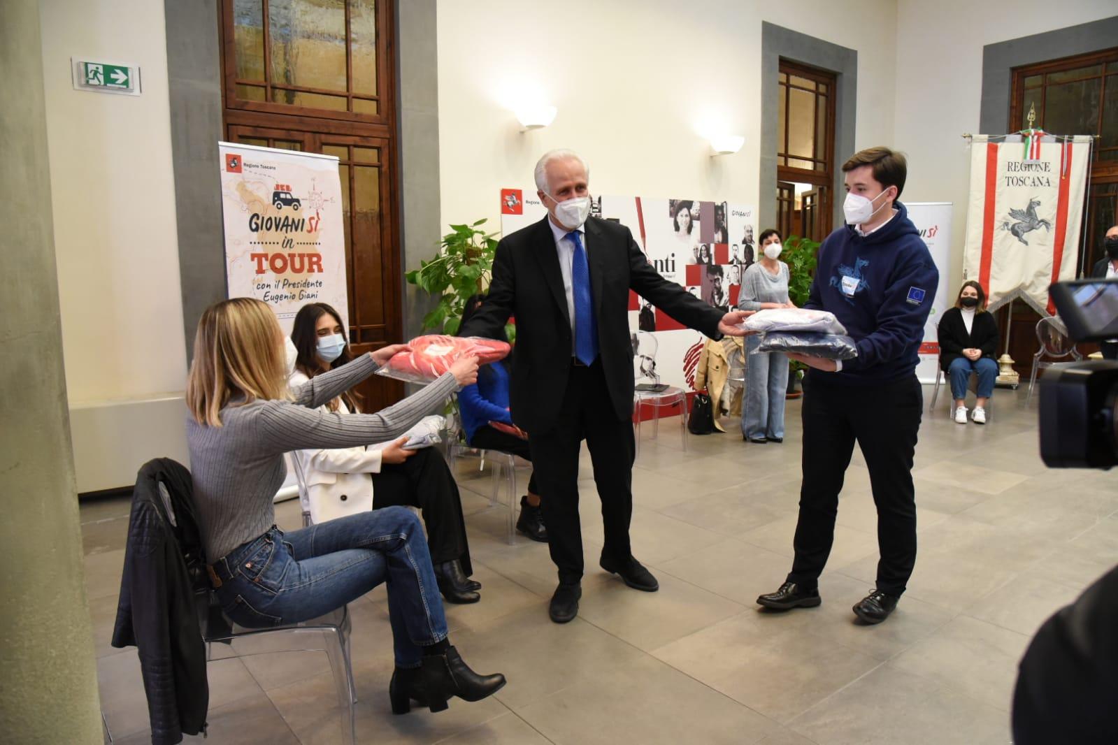 """Giovanisì tour, Giani: """"Nel servizio civile la Toscana ci crede. E lo rafforza"""""""