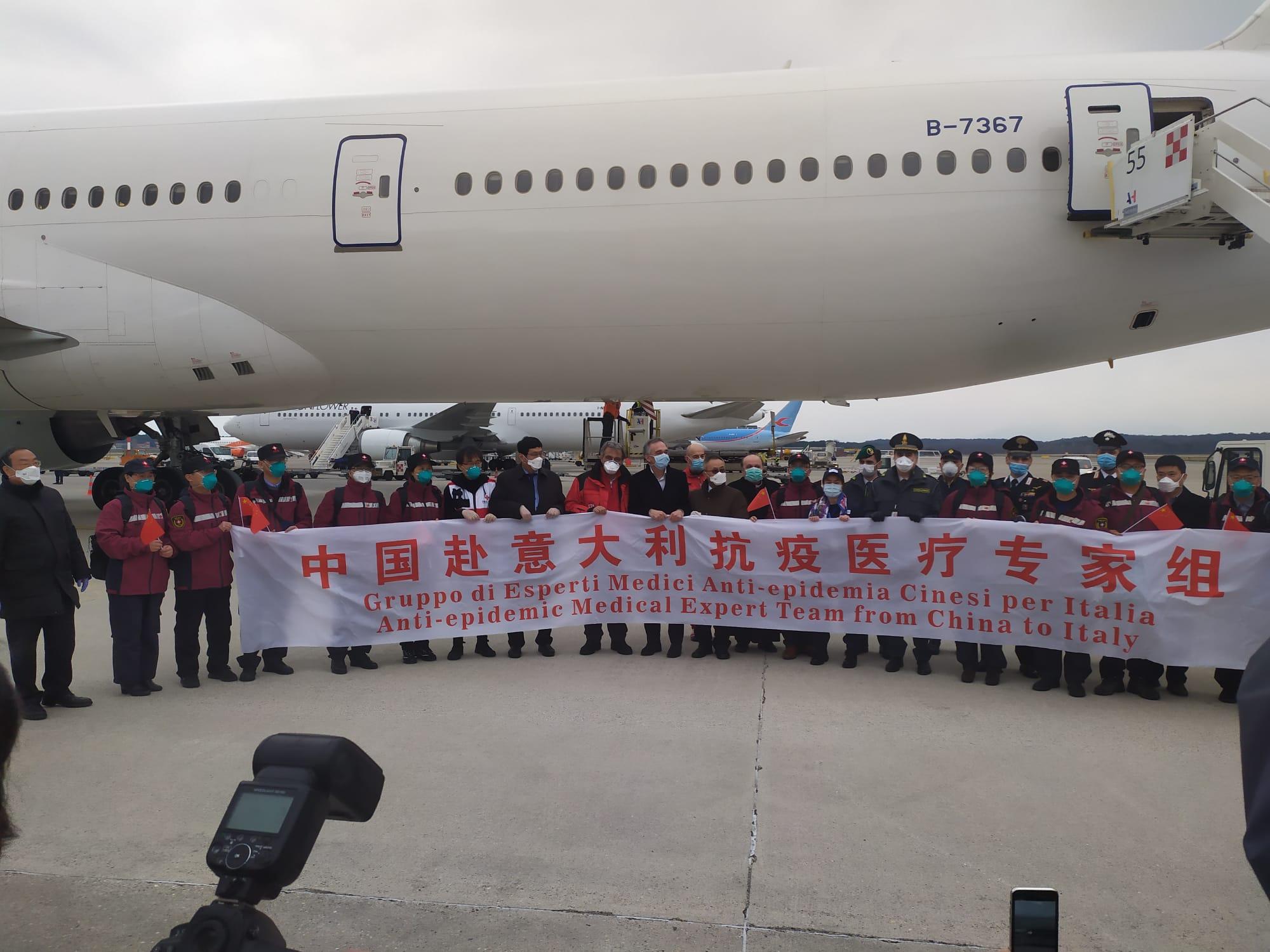 Rossi accoglie a Malpensa la delegazione cinese: