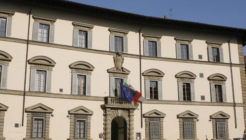Fase 2: Rossi firma la nuova ordinanza con il calendario delle riaperture in Toscana