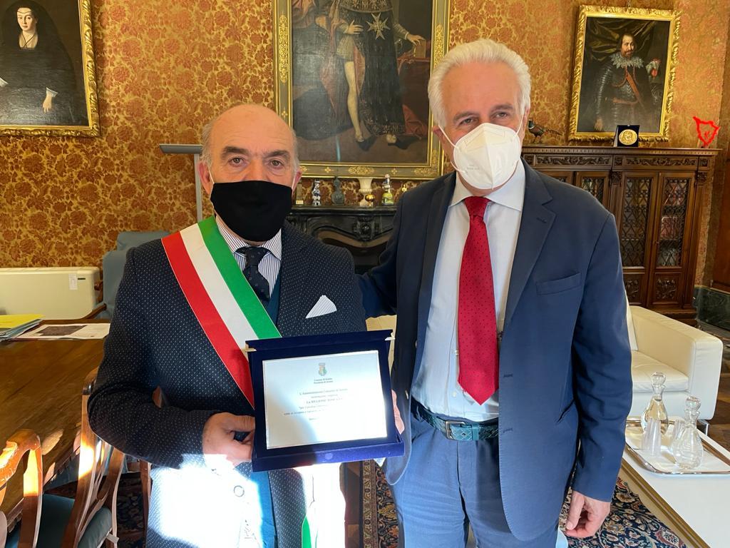 Sestino da 500 anni in Toscana, il presidente Giani incontra il sindaco Dori