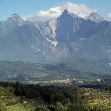 Uno scorcio delle Alpi Apuane