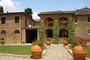 La tenuta di Suvignano confiscata alla Mafia in Toscana