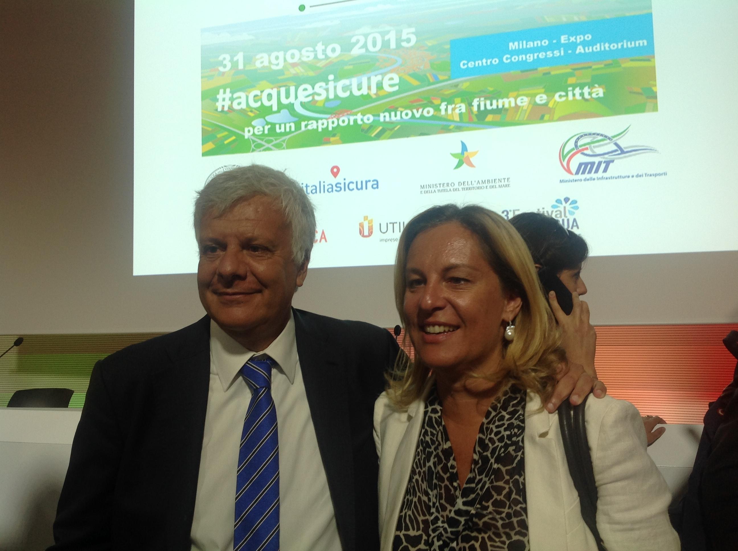L'assessore Federica Fratoni a Expo con il ministro dell'ambiente Galletti