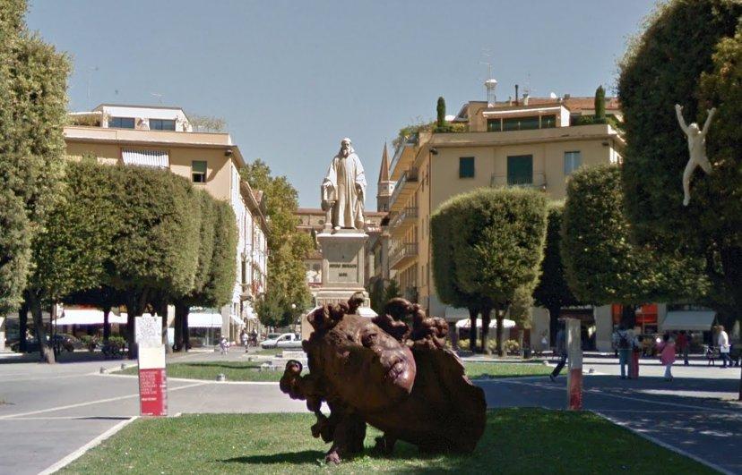 Arezzo, piazza Guido Monaco