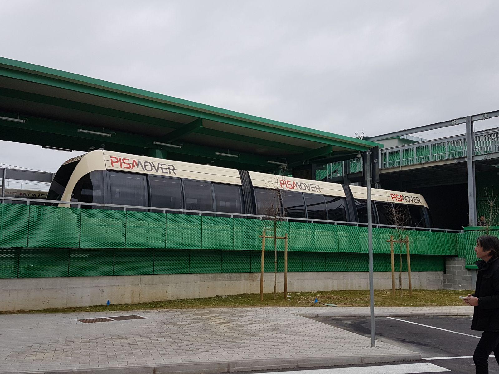 Aeroporto Pisa : Vista aeroporto di pisa mapio