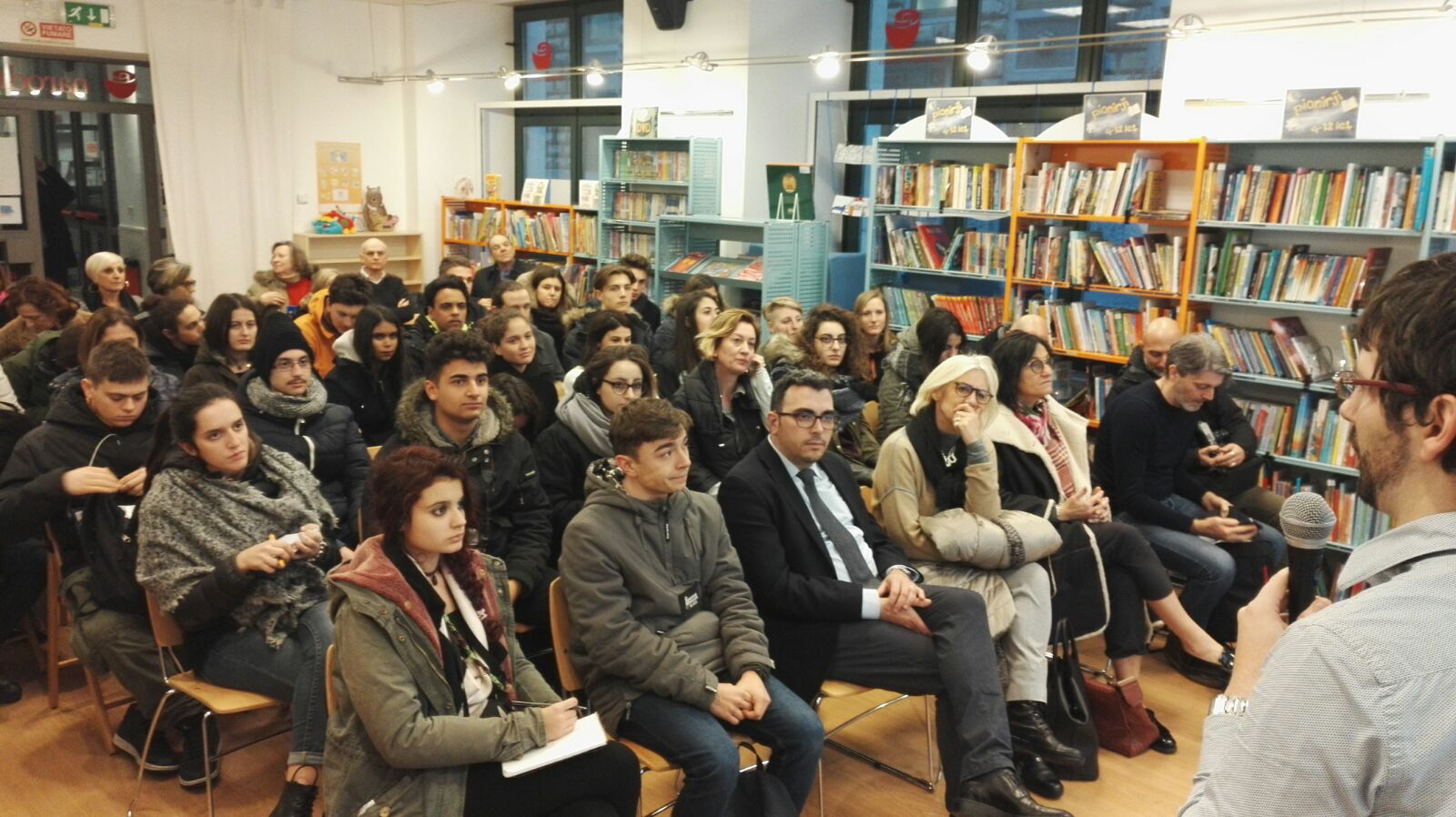 Studenti toscani al Narodni Dom di Trieste